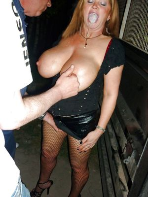 mature latina mom