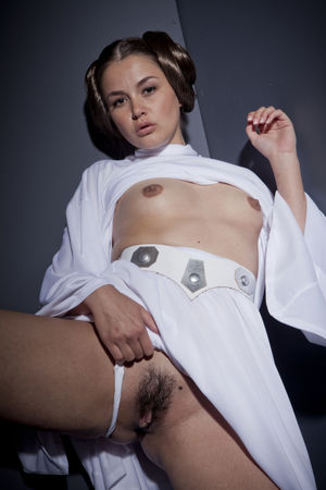 naked princess leia