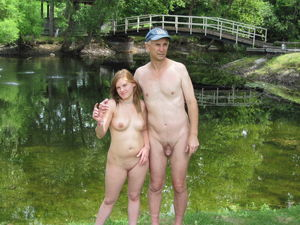 dad daughter nudist