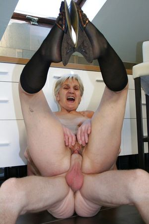amateur mature photos