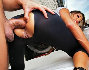 Stunning ebony babe with great round ass gets anal drilled in these hot threesome fucking