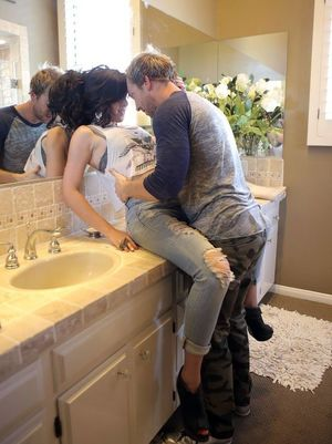 mature toilet sluts