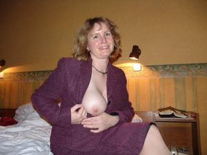 mature mom lingerie