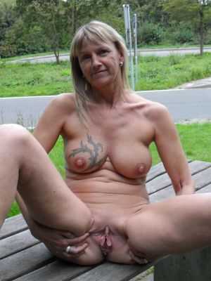 grannys shaved pussy