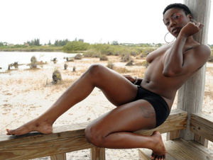 pictures of beautiful naked black women