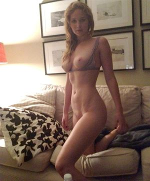 jennifer lawrence nude leaked photos