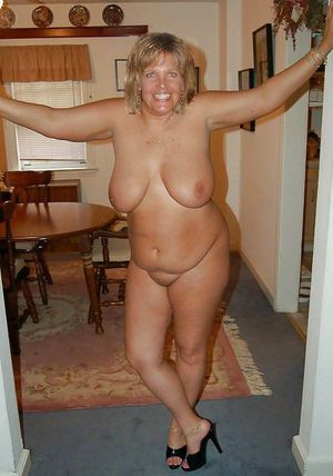 amature nude mom