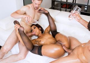 ebony star groupsex
