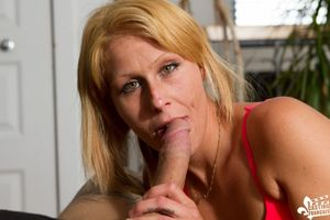amatuer mature blowjob