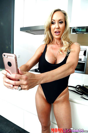 brandi love facesitting